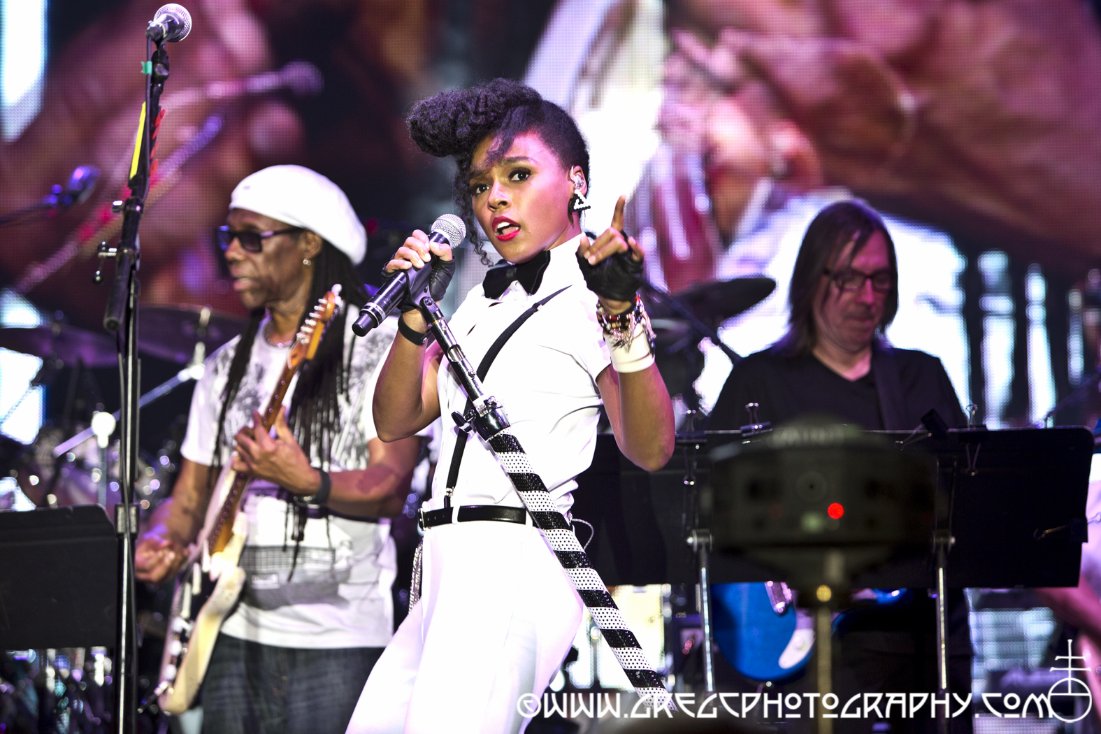 Janelle Monae with Nile Rodgers and Chic_14_20150805