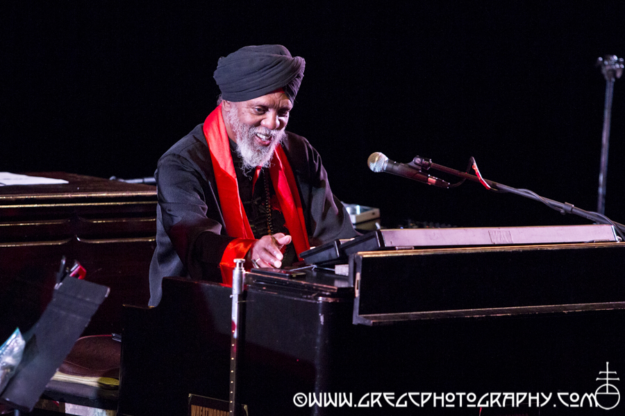 Dr. Lonnie Smith at Kumble Theater for the Performing Arts at Long Island University's Brooklyn Campus in Brooklyn, NY - Dr. Lonnie Smith Trio Photos From Kumble Theater